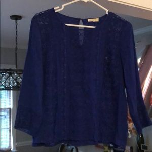 Blue blouse with lace!